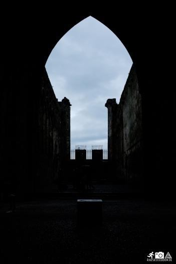Irland-Rock_of_Cashel-2