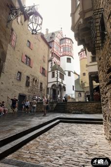 Burg_Elz-2