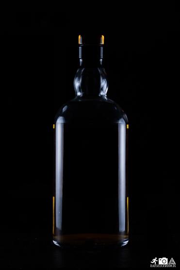 Flasche / Glas mit Blitzen Fotografieren