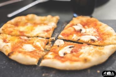 Alltag-Pizza-Backen-11